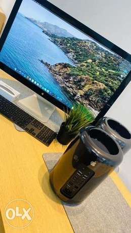 Apple Mac Pro Cylinder Late تصنيع 2015 12 Core 2.7Ghz L3 30M Cache