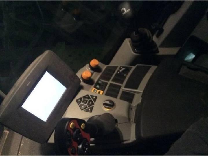 Claas tucano 430 aps - 2012 - image 9