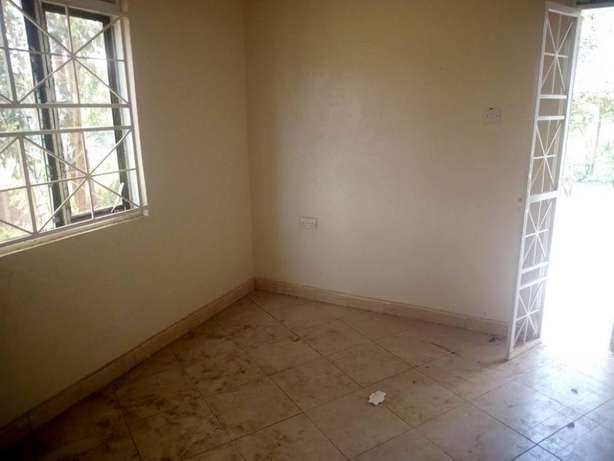 Pay without regretting 2 bedroom house for rent in Kiira at 300k Kampala - image 7