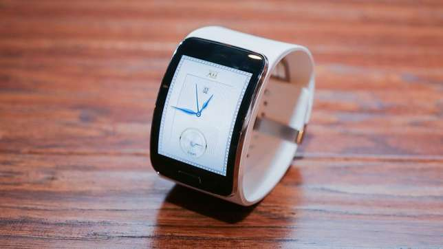 samsung gear s white at 15,000ksh Eldoret North - image 2