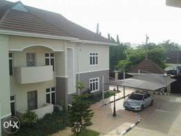 Asokoro 3bedrooms with bq for rent,corporate rent only,5.5m including