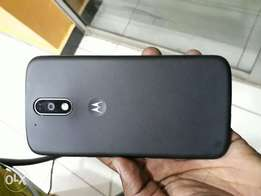 Motorola G4 Plus. 32GB & 3GB ram. 5000mAh battery