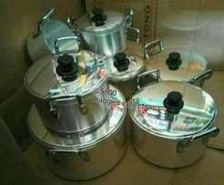 7 pieces heavy duty with lids