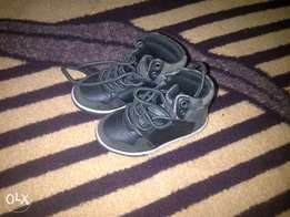 toddler boot size 4 only R200