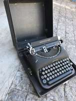 Remington Rand Vintage typewriter