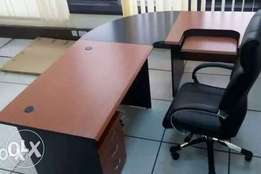 GF- quality C.Top executive office table