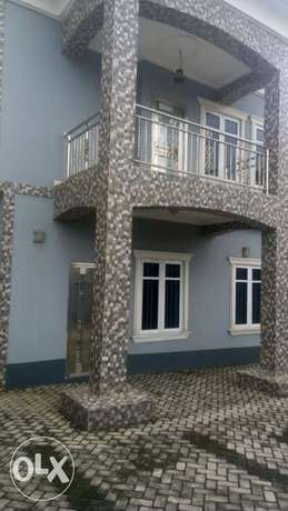 Spacious newly built 5bedrooms in Omole phase1 Moudi - image 1