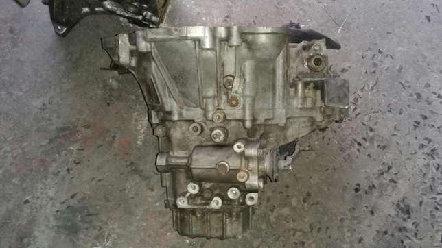Toyota 1300 4 speed gearbox for sale Kuils River - image 1