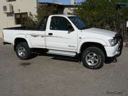 R 39.000toyota hilux for sale