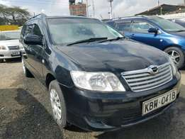 Toyota Corolla Fielder very clean,2006 model. Buy and Drive.