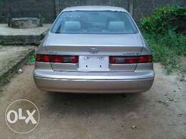 Super neat Toyota Camry drop light for sale