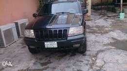 Grand Cherokee,2000 Model Black,In Very Good Condition