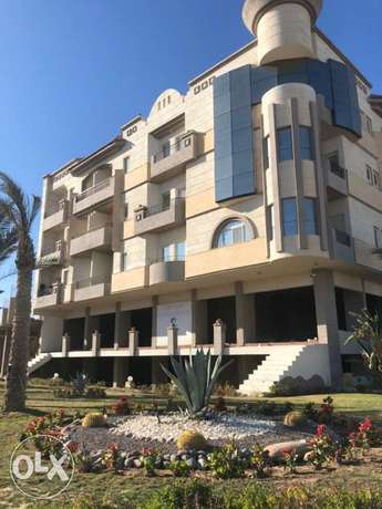 Exclusive 2 BR apartment in a luxurious complex on El Mamsha الغردقة -  2