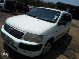 Toyota succed kbv
