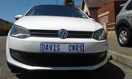 Here 2014 VW Polo6 Comfortline 1.4 With sunroof Has Services Book in E