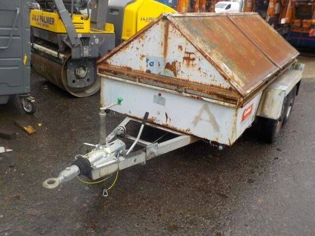 highline 1.5 tonne  light  for sale by auction
