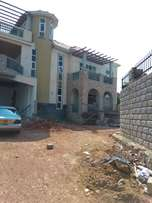 Munyonyo. 6bedroom hour near speke for sale at 1.3b