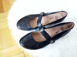 29aeed7ecc395 Clarks nowe skórzane buty czarne baletki ażurowe na wiosnę 39,5 40