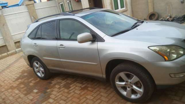 Lexus RX 330 price dropped to sell fast. Oshimili North - image 1