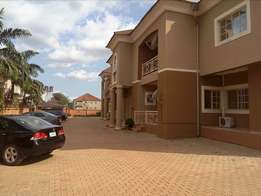 New serviced 3bedroom flat to let at Games village Kaura
