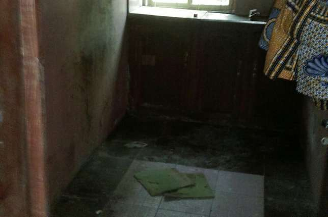 3bedroom flat in scoutcamp challenge Ibadan South West - image 3