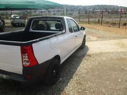 2014 Nissan Np200 1.6I Safety Pack