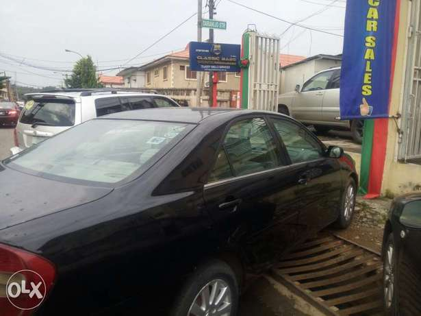 Classic Babs.I.R.Toyota Camry 2004model Ikeja - image 2