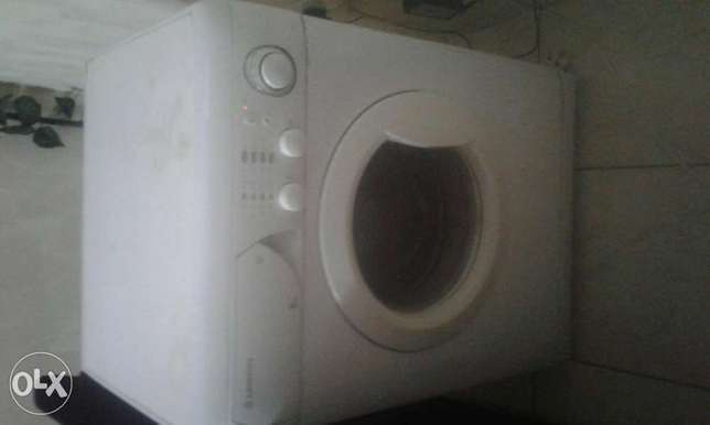 Ariston washing machine. Bamburi - image 4