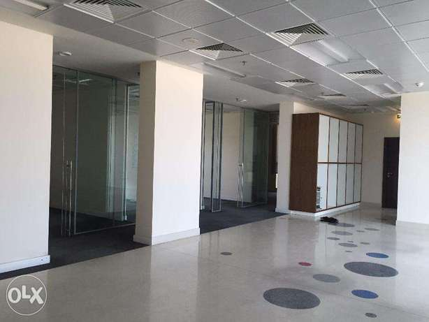 320 sqm Partitioned ready move office in BIN OMRAN فريج بن عمران -  2