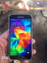 Very neat UK used Samsung s5 with warranty