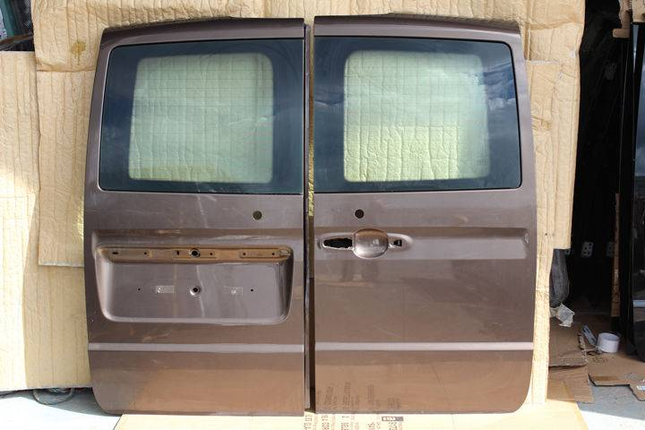 Mercedes-Benz New  door for  Vito W639 Rear doors van