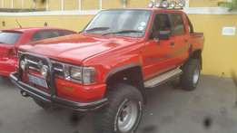 Toyota Hilux 4 x4 ( 3.0 Petrol) Double Cab