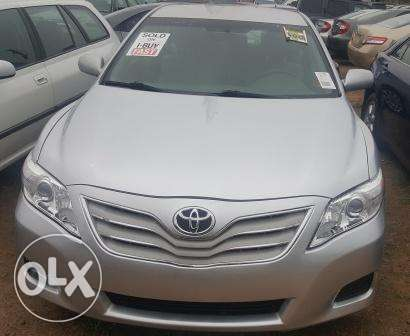 Toyota Camry 2010. Very Clean Leather Interior. 4 cylinders Ibadan South West - image 1