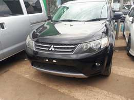 Mitsubishi outlander 2010 at 1850k