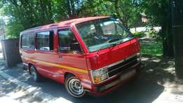 1998 Toyota Hiace 15 sweater - R87 000