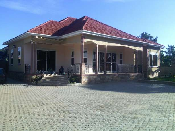 Professional interior and exterior painters Kampala - image 5
