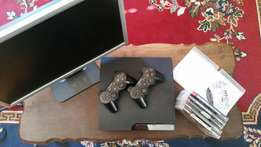 PS3 7games, 2 remotes, HDMI cable & 22' Acer monitor