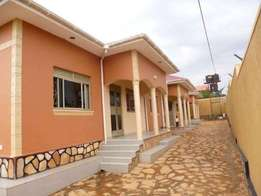 Hot and nice semi deterched new doubles for rent in mengo at 350k