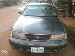 Toyota Avalon, (with a full tank fuel)