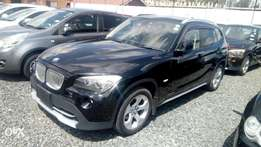 Bmw X1 2010 fully-loaded with sunroof