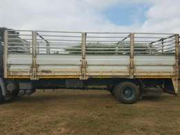 Cattle frame truck body