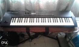 Roland xp 10 keyboard