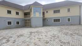 3 bedroom ensuite 6flat for rent at life camp