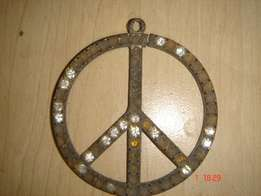 Vintage metal hippie sign, diameter -60mm