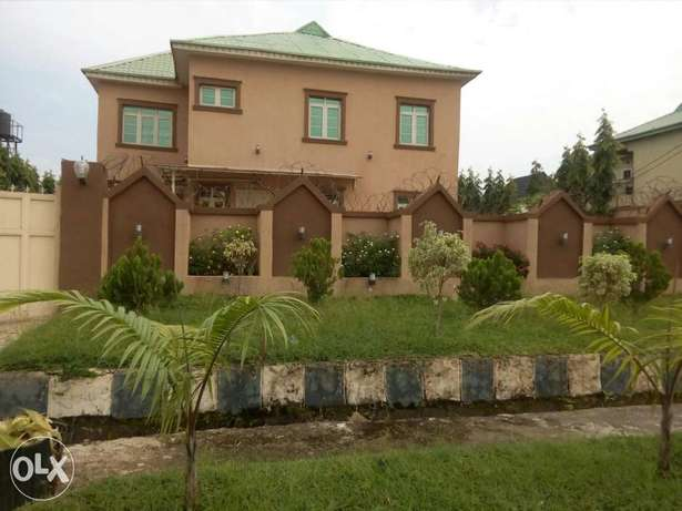 4bedroom detached duplex with 3rooms BQ at Gwarinpa Estate Abuja - image 1