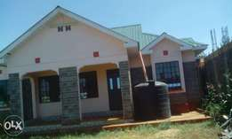 4bedroom new house ngoingwa few meters from tarmac asking 9.4m neg