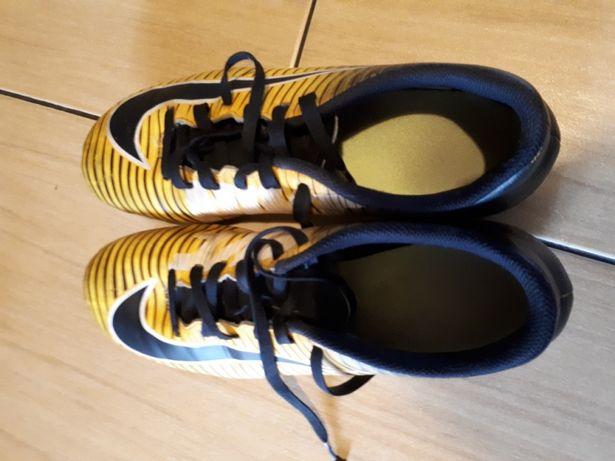 grand choix de 01ca2 4318d Korki Nike Mercure Warszawa Targówek • OLX.pl