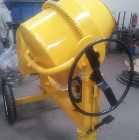 Concrete Mixer 350L Industrial Area - image 1