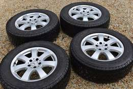 Merc Benz ML 17 Inch rims and Tyres