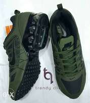 Green Nike sport canvas